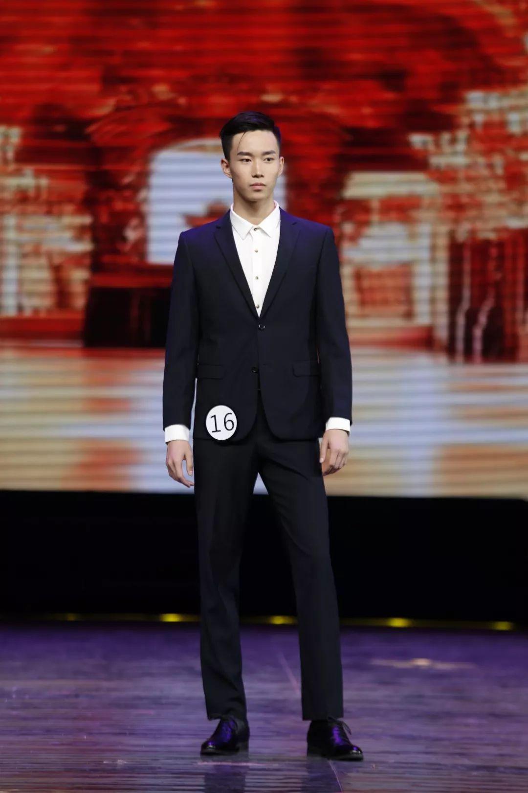 川影在上海国际模特大赛四川总决赛