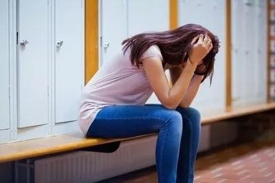 原创             脱单大忌:还没开始就患得患失,原本对你有好感的女生也会走掉