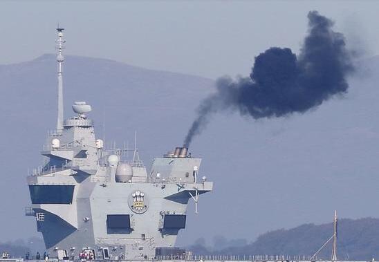 又一个双航母国家诞生,正努力追赶中国进度,但首次海试就出大事