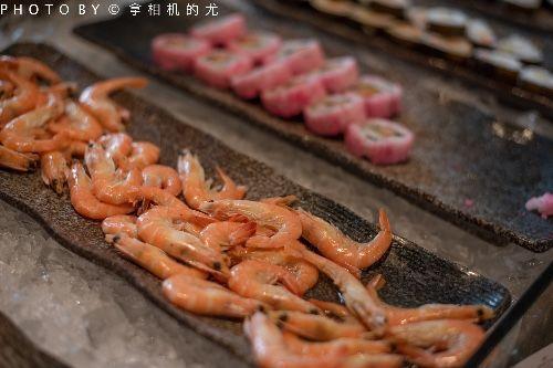 重庆超豪华早午餐,现在去不到100,吃一盘三文鱼都赚回来了