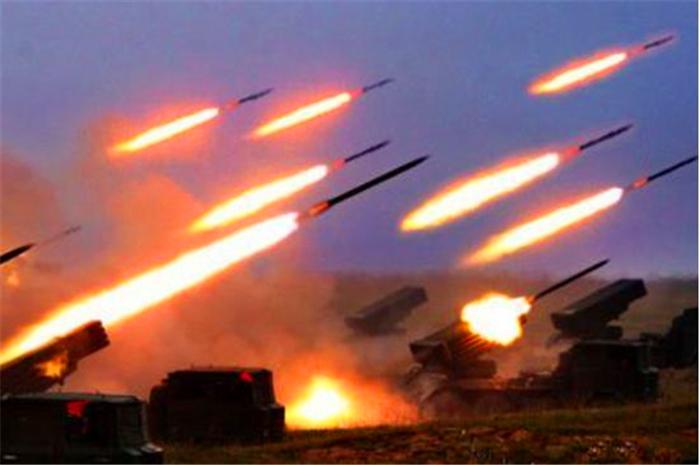 多次警告无果!百枚重型炮弹射向以色列,爱国者再次失灵