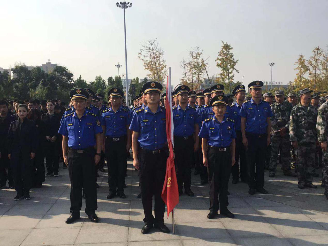 新蔡县城管局组队参加全县防暴恐演练宣传活动