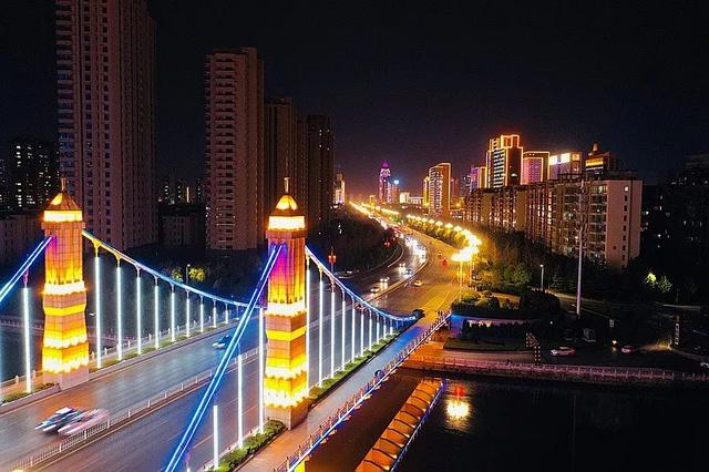 185棵华灯改造 咱们临沂的夜景真的美翻了