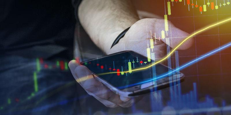 AdMaster手机用户洞察报告:低价看配置高价重颜值