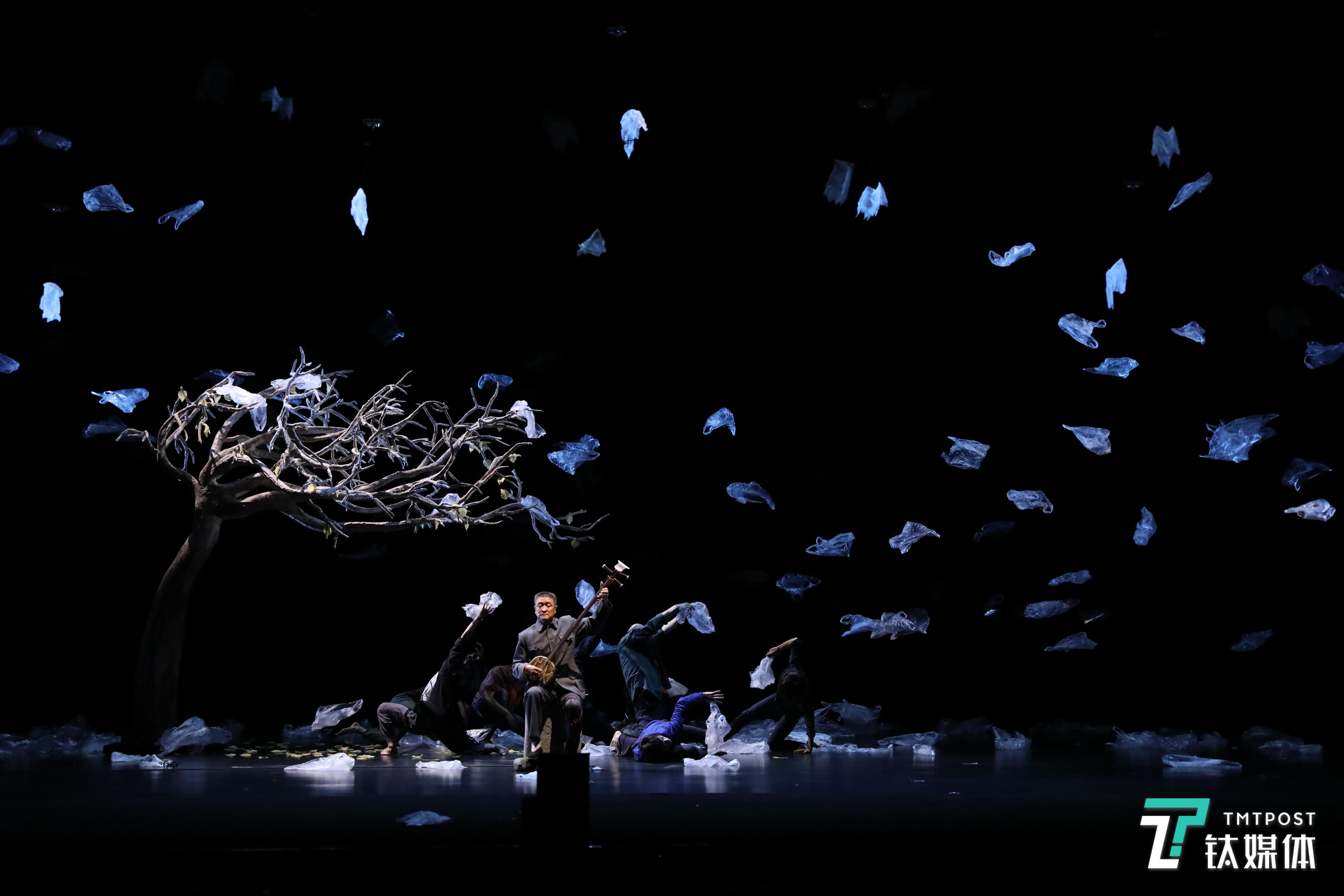当科技遇上艺术:Verity 无人机如何融入舞台表演