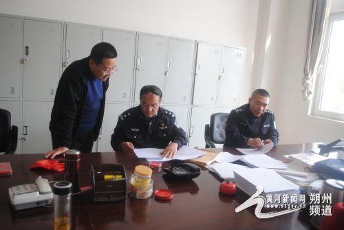 山阴交警大队深入客货运企业开展宣传 确保国庆交通安全