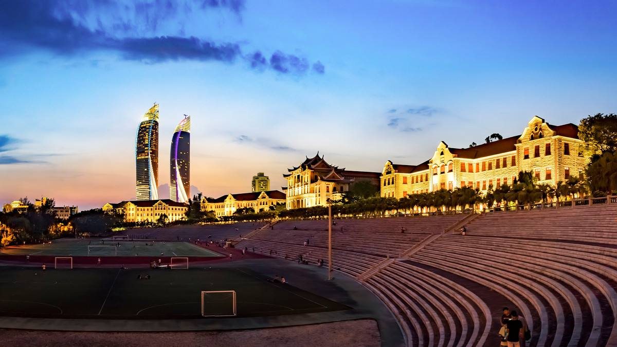 中国最浪漫的五所大学,宿舍就像海景房,读书四年堪比旅游