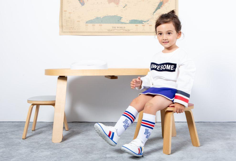 49元起!自家娃穿了3年,终于拿下小蓝羊童鞋、图吖童装,秋冬这样穿搭7天不重样 | 荐物