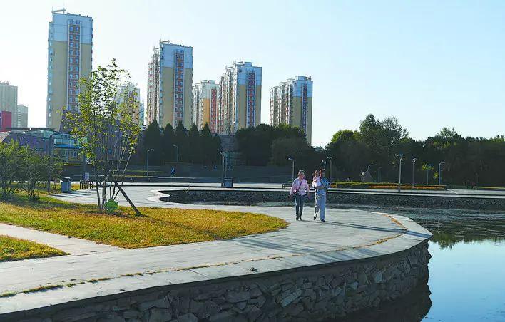 70年赤峰:一城靓丽姿彩!