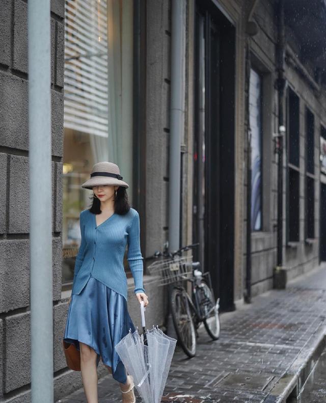 5套浪漫的针织衫穿搭LOOK分享,秋季这么穿好看又有气质!