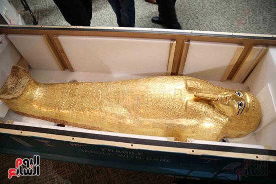 """埃及流掉文物""""牧师纳吉姆-安赫金棺""""回归"""