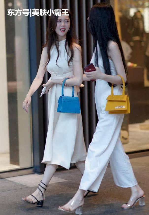 街拍女神:都市时髦女性的穿搭,追求时尚的女人最有魅力