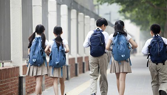 """广东拟立法允许教师""""罚站罚跑"""",边界问题仍需细化"""