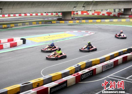 中国—东盟国际汽车拉力赛进行最后比拼 新加坡车手夺冠