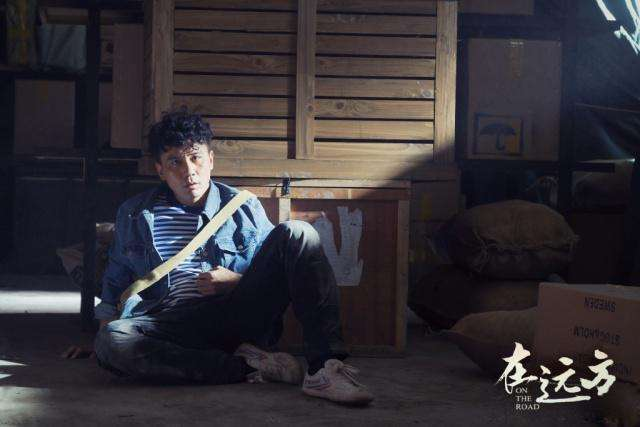 《在远方》正在热播,刘烨又一新片来袭,看到合作主演:票房稳了