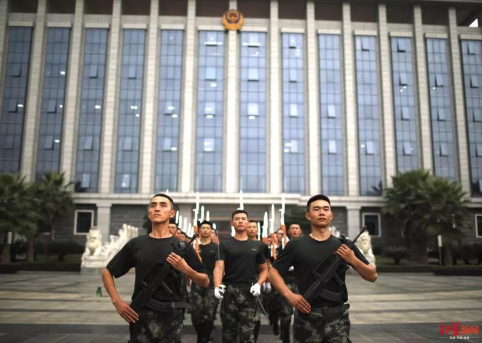 快讯!成都天府广场10月1日早上7:50举行升旗仪式_党中央