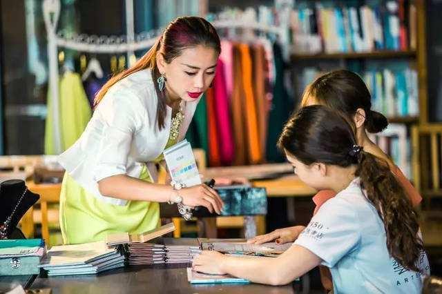 女性创业项目 适合女孩创业的项目你想到了么?