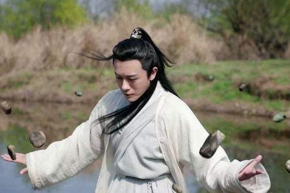 杨逍乾坤大挪移止步不前,明教佼佼者的他,为何不更进一步?