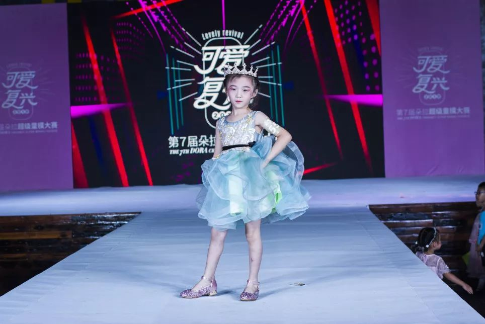 中国梦想秀雪凤照片