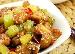 这几道美食你会做吗,家里来客人做着吃很好吃的