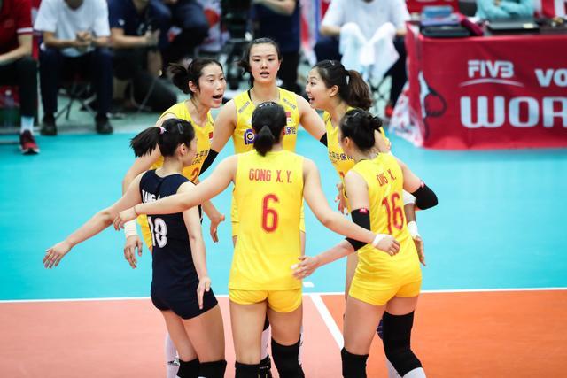 国际排联排名:中国女排重返世界第一