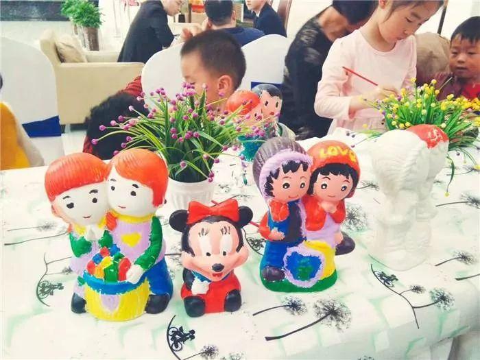 广厦兰都 国庆假期欢乐不重样,寿司 儿童绘画 趣味魔方 儿童彩绘 环保袋涂鸦 3D立体拼图,假期来这就对了