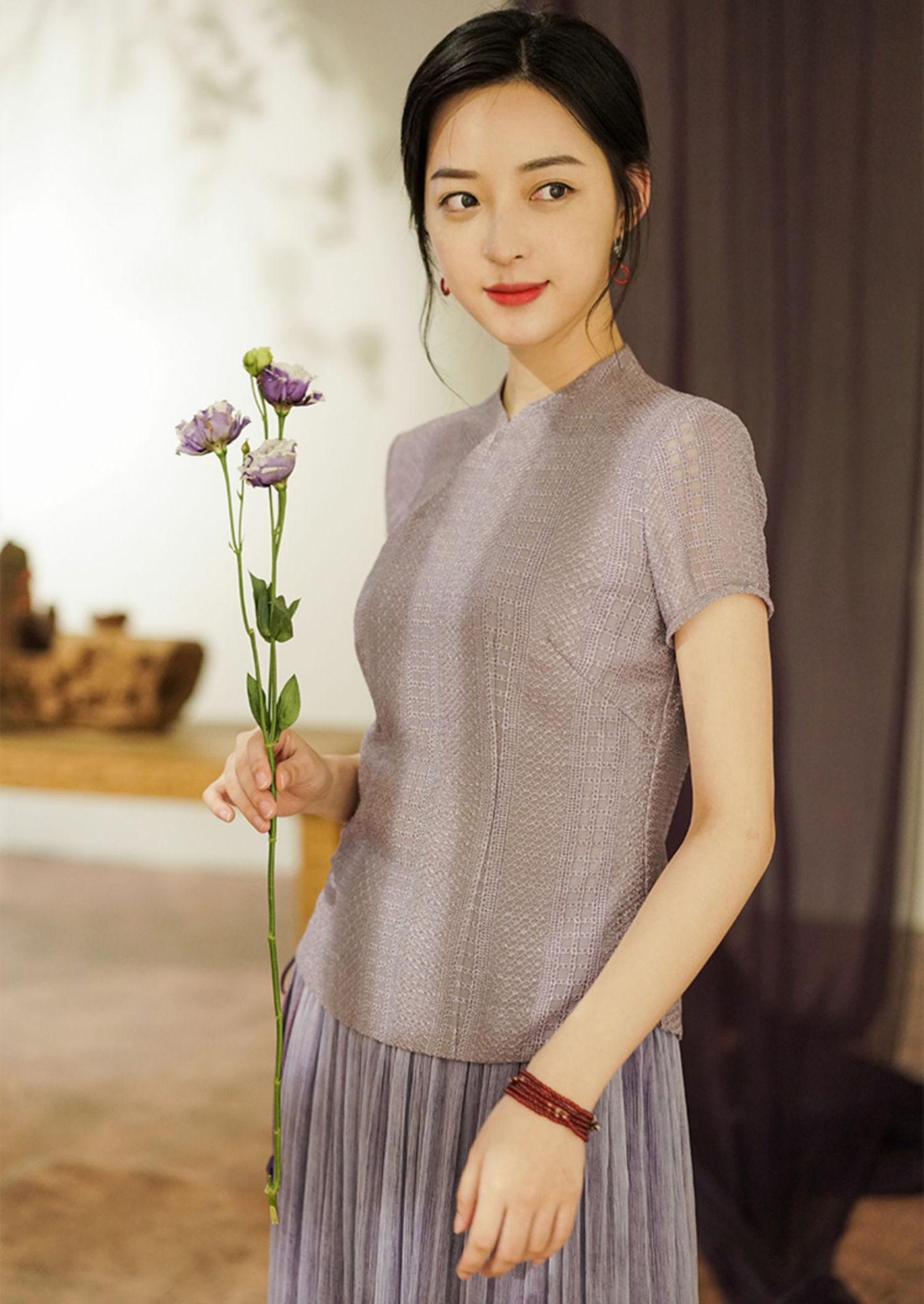 中式上衣+半裙=19年秋天最文艺的搭配!知性又温婉,谁穿谁美!