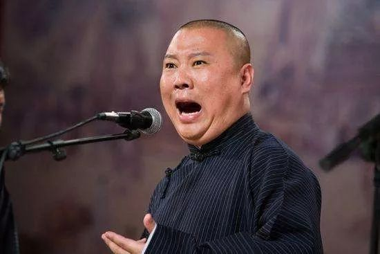 郭德纲小儿子近照曝光,王惠真乃旺夫之人,德云社打理得红红火火