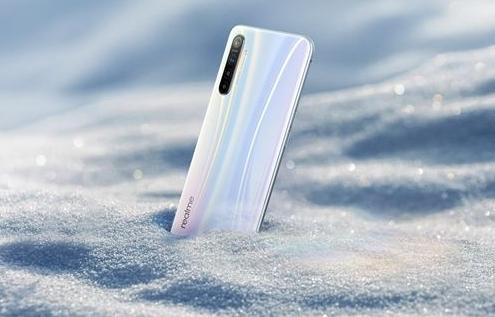 Realme旗舰终于要来,认证信息曝光,90Hz水滴屏或配65W快充