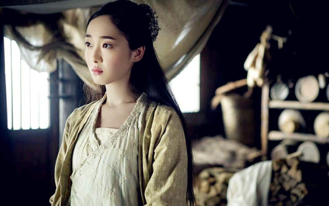 蒋梦婕电视剧_《新红楼梦》剧组很神奇,配角比主角火,赵丽颖只是其中之一