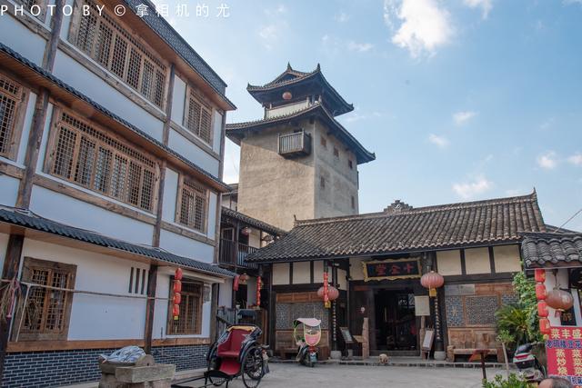 """十一重庆必打卡,号称""""长江第一旱码头"""",还一点都不商业化"""