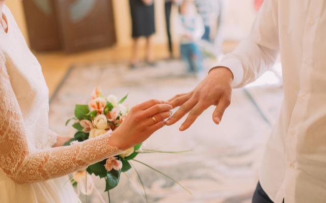 2019年全國結婚登記947.1萬對 該怎么經營好一段婚姻?