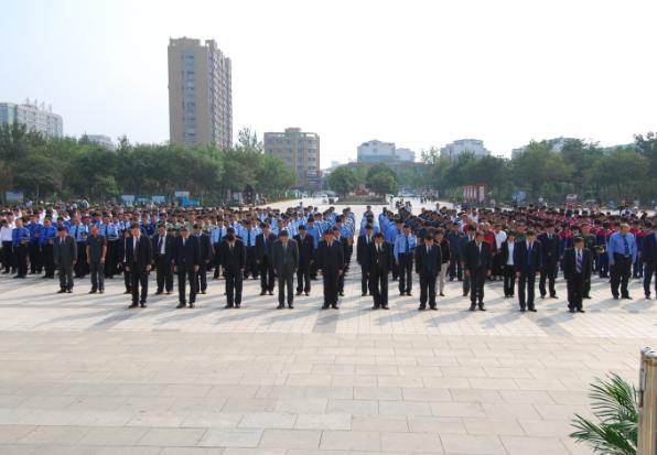 山东高唐县举行纪念烈士公祭仪式 退役军人协会首次组团参加