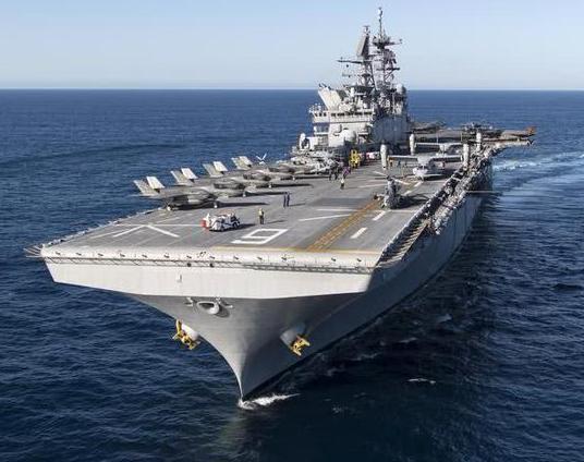 世界十大两栖攻击舰排名:075轻松排前3,日本有点名不副实