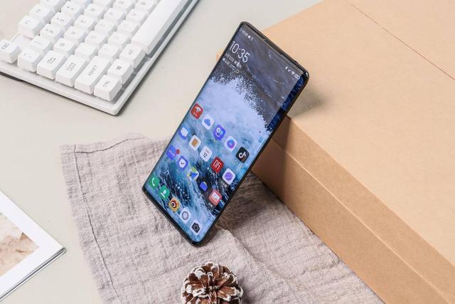 今年最好看的全面屏手机,NEX 3 5G无界瀑布屏成最大黑马选手
