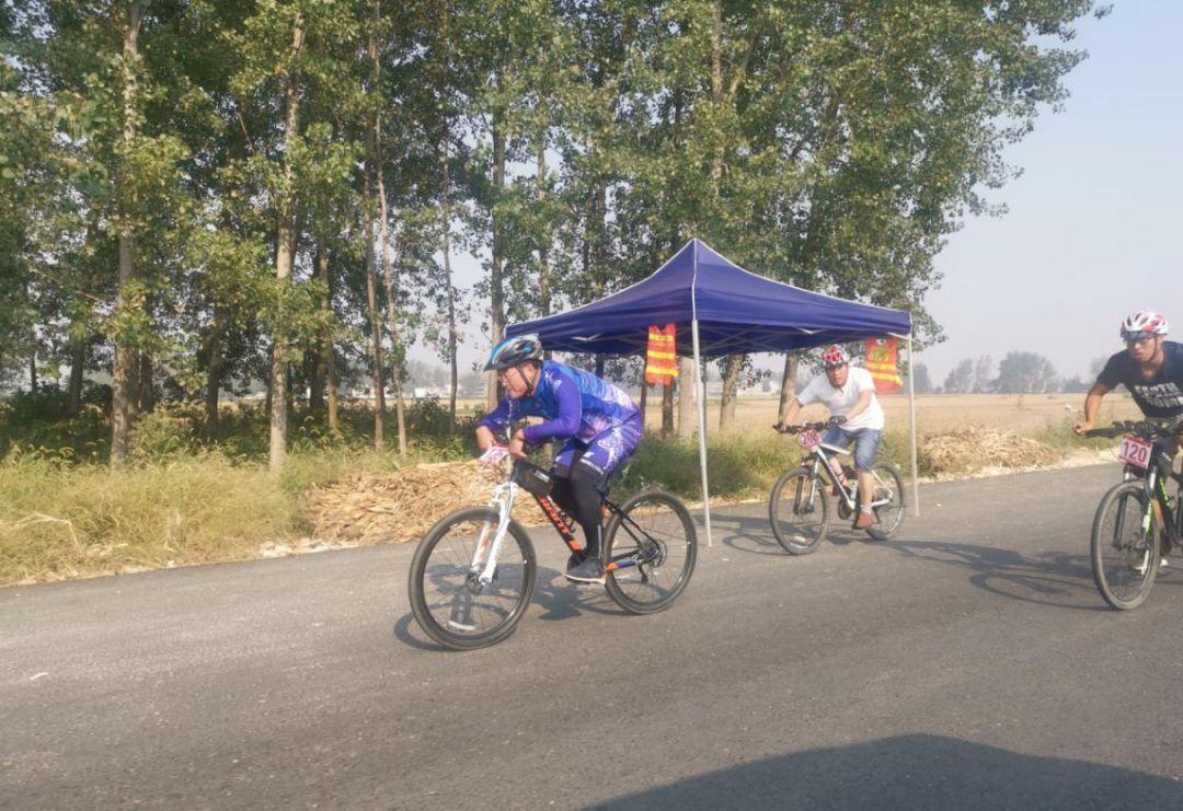 界首市2019年职工自行车赛,家门口的 速度与激情