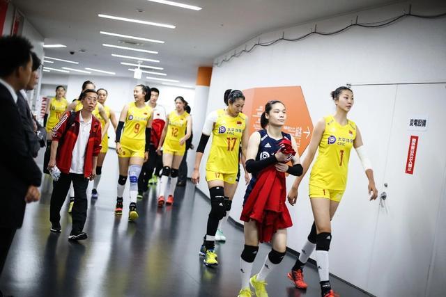 好玩的来了!日本球迷评选最美中国女排队员,这3人上榜