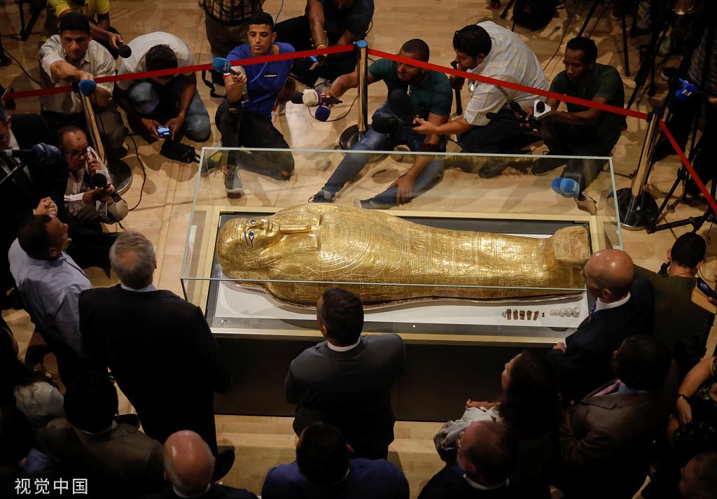 """埃及流失文物""""牧師納吉姆-安赫金棺""""回歸後首次展出"""