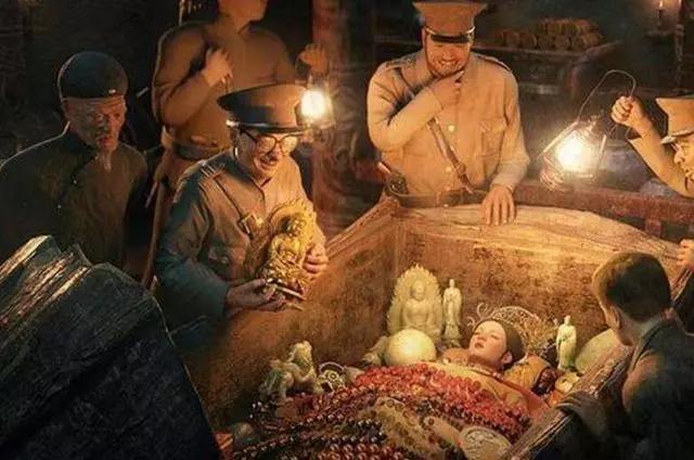 孙殿英盗慈禧的墓,不仅偷走大量的财宝,还做了一件让人诟病的事