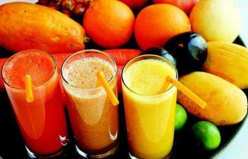 连续一周喝果蔬汁,可以排毒、减肥?辟谣:当心腹泻、营养不良