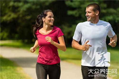 跳绳跟跑步哪个减肥效果好