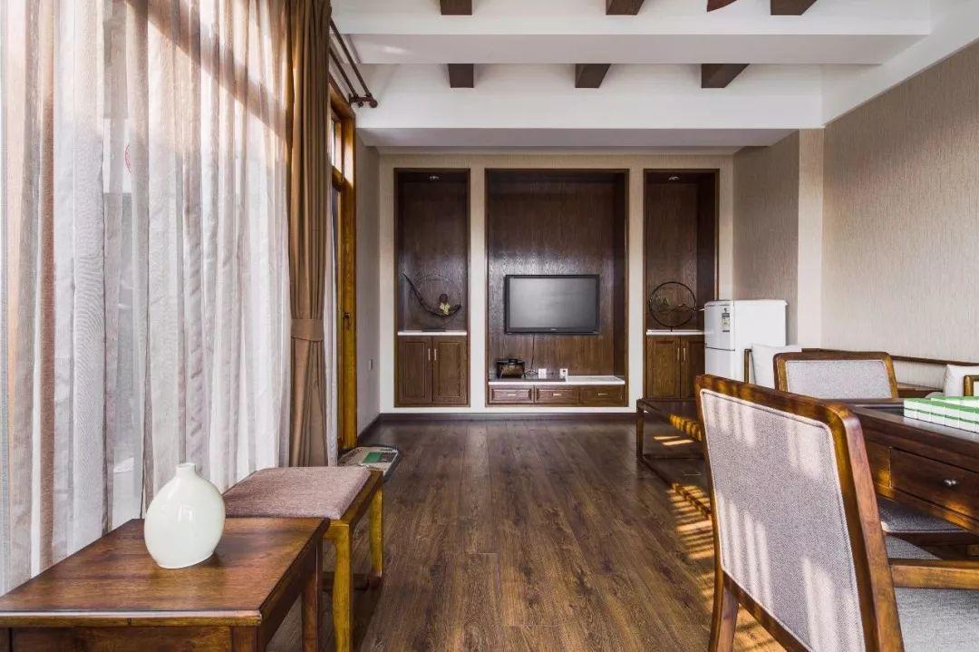 220平的新中式风复式大宅,沉稳与悠闲并存,好惬意