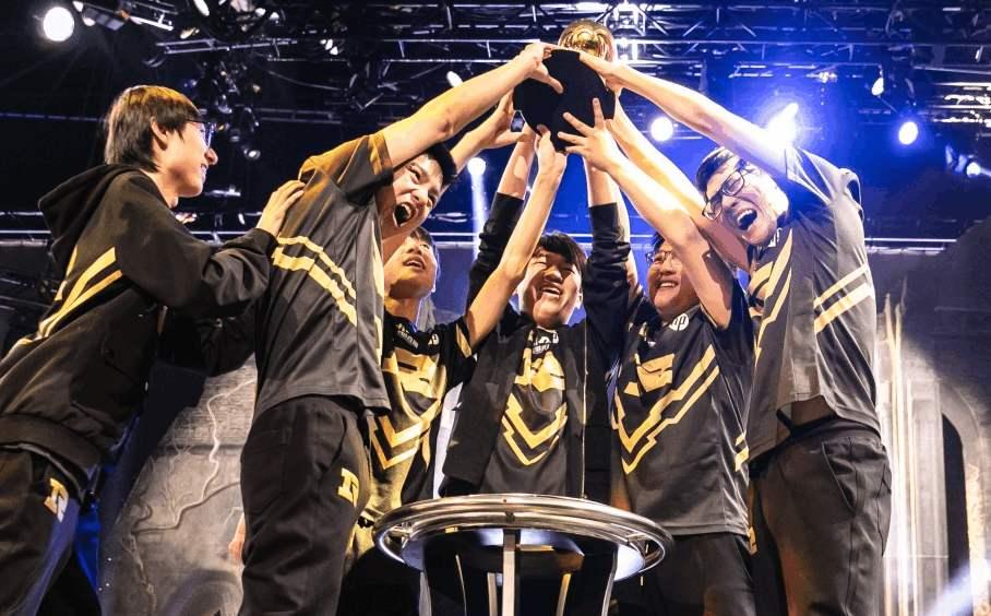 S9世界赛:RNG投票数领先IG一倍多,不是夺冠热门反而是好事?