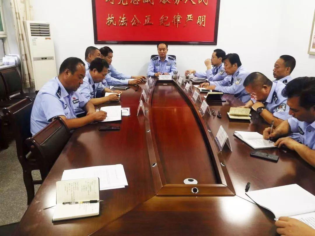 <b>夏县公安全警出动,确保圆满完成70周年大庆安保任务</b>