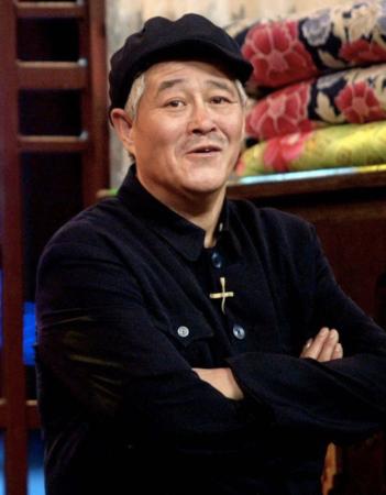 赵本山62岁生日有点冷,上百爱徒全噤声,女儿通过粉丝会送祝福