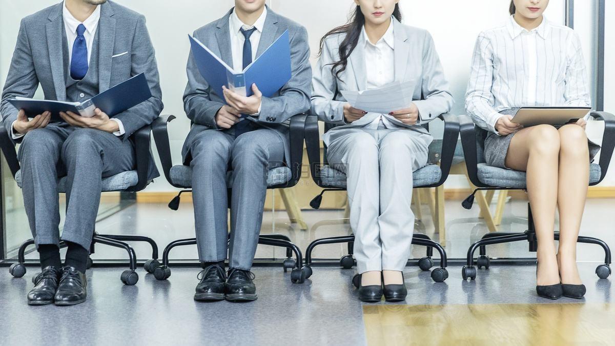 """在线招聘难为""""无米之炊"""":人才与好工作为何越来越少?"""
