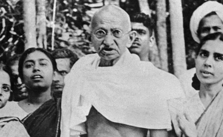 印度 国父 甘地150岁冥诞 骨灰被盗 照片还被写上 叛国者