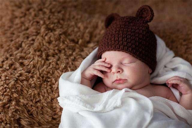 宝宝睡觉时,为什么