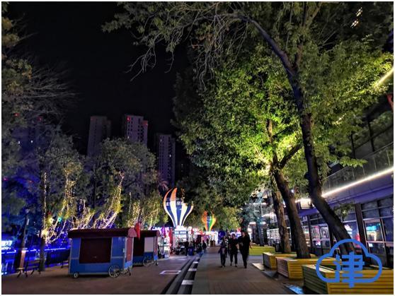 游客来天津逛吃 各大夜市好吃好玩早已配齐