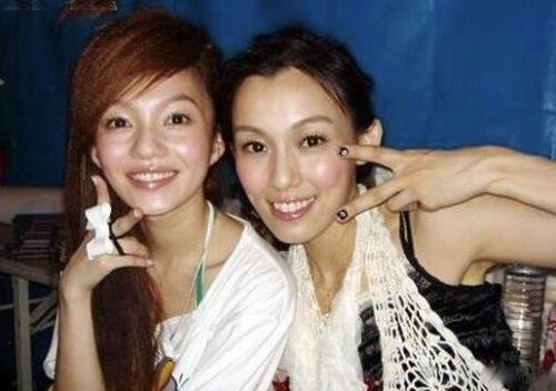 <b>娱乐圈的虚假姐妹情,昔日闺蜜相称,今朝形同陌路</b>